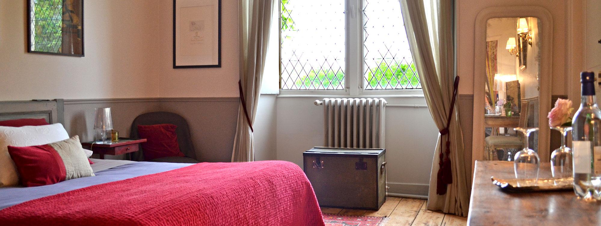 Chambre Marguerite d'Angoulême - Chambre d'hôte Chateau de Maumont ©Chateau de Maumont