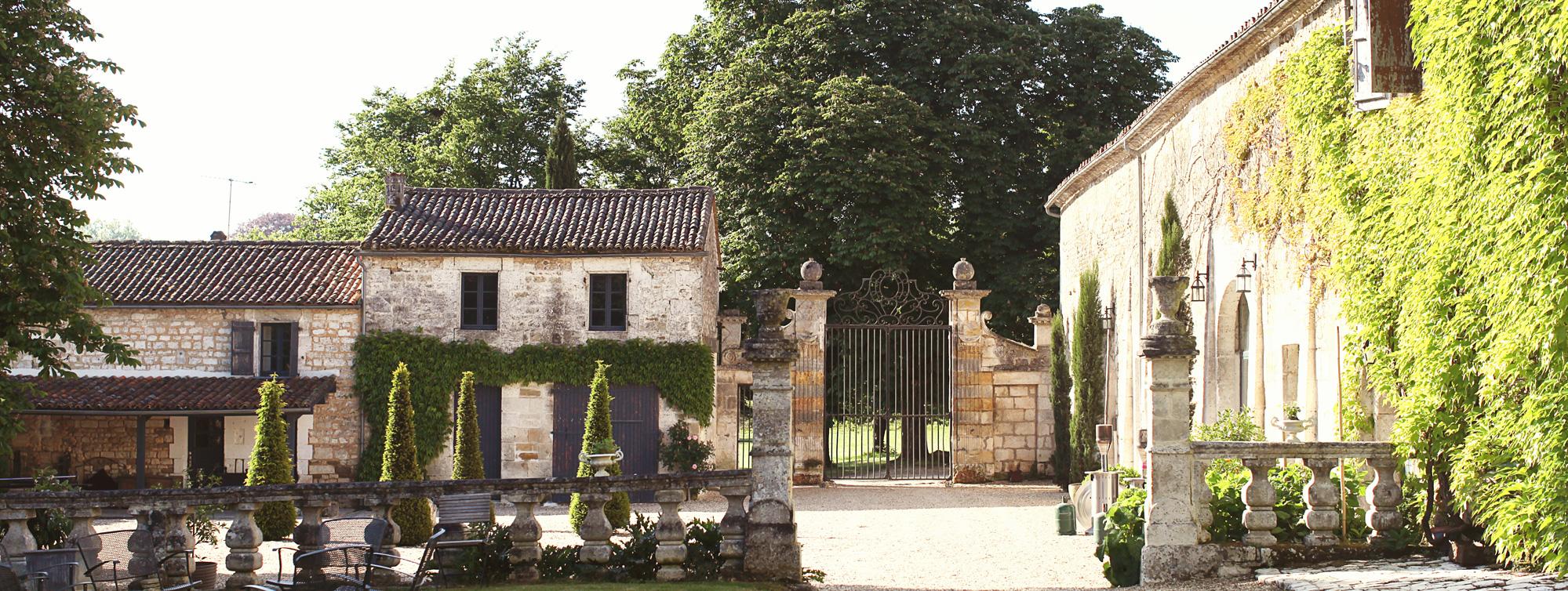 Château de Maumont - Chambres d'hôtes de charme à Magnac sur Touvre, Charente ©Eva Strauss - Chateau de Maumont